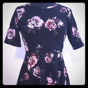 J for Justify Size M Flower Print
